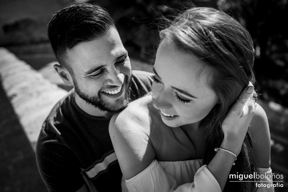 Portrait photo Matias and Kiri in the engagement session